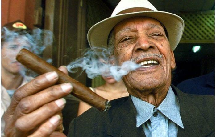 El extraordinario cantante y compositor cubano Compay Segundo.