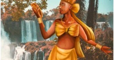 Oshún es la diosa de los ríos, del amor y de las aguas dulces.