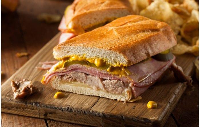 Cada día son más los lugares en los que podrá disfrutar un rico Sándwich Cubano.