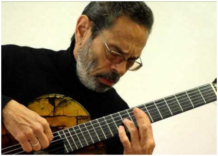 Leo Brouwer, destacado guitarrista y compositor cubano.