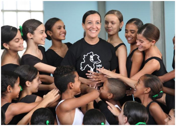 Lizt Alfonso fundadora de la Compañía de Baile Lizt Alfonso Dance School.