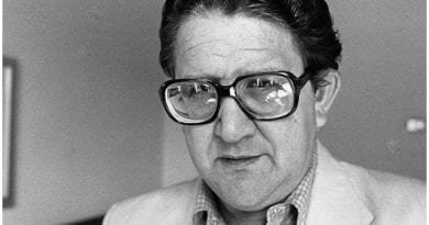 El poeta cubano Heberto Padilla.
