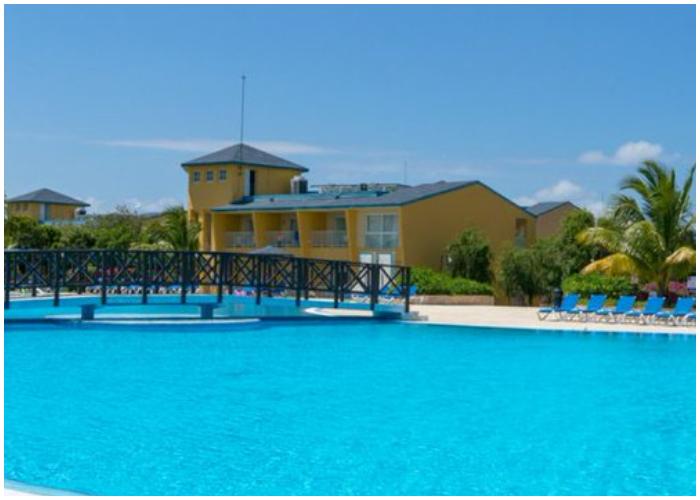 Hotel Playa Costa Verde.