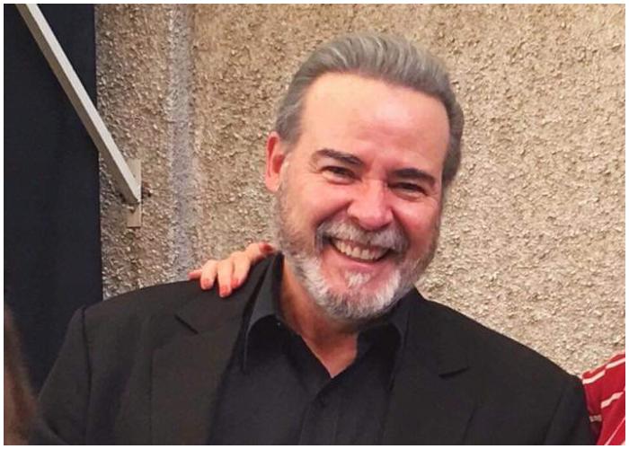 El apuesto actor cubano César Évora.