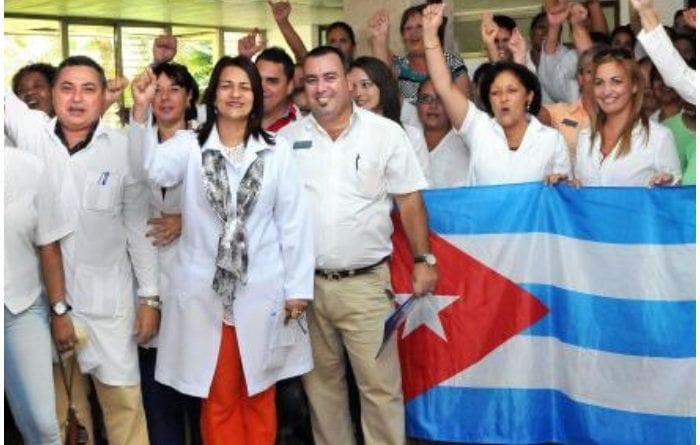 Medicos cubanos en Bolivia - Foto