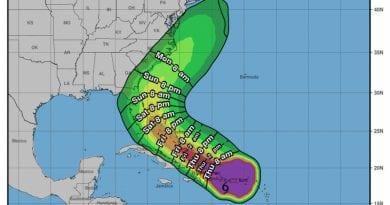 formo tormenta tropical Isaias