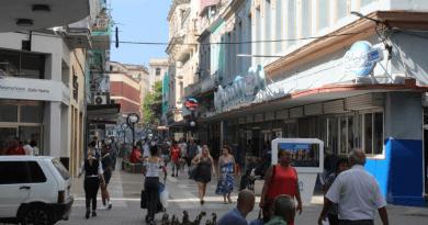 tarjeta especial para comprar en shoppings de la Habana