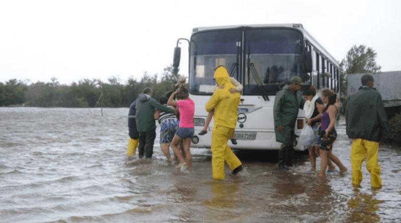 Laura abandona Cuba con rumbo al Golfo de Mexico