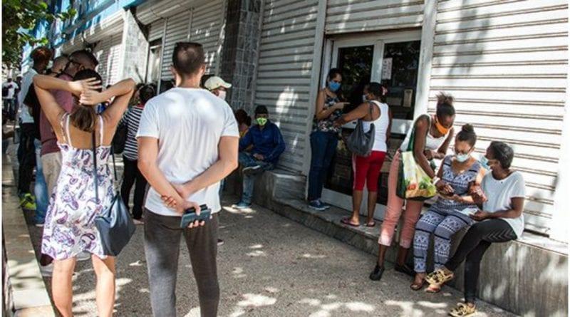 colapso servicios bancos Habana