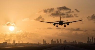 Vuelos humanitarios desde Cuba: Miles de cubanos y turistas se han repatriado