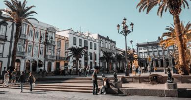 Más de 160.000 cubanos viven legalmente en España