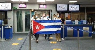 Galenos renuncian en Panamá por llegada de 200 médicos cubanos
