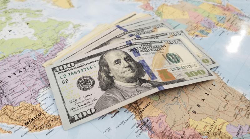 Si piensas viajar a Cuba con dólares tienes que leer esto