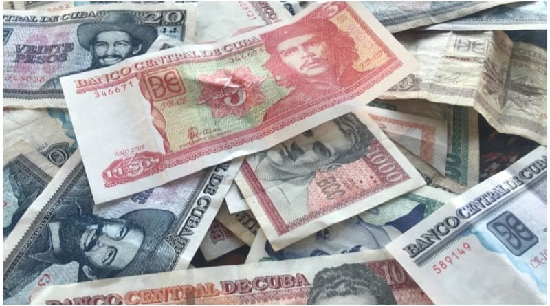 mujeres cubanas billetes