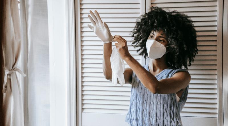 Debes usar guantes porque el coronavirus vive en superficies hasta 5 días