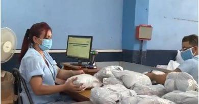 aduana correos Cuba reembolso