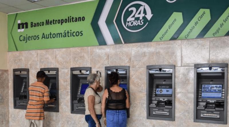 Bancos de Cuba no invierten en cajeros automáticos desde el 2017