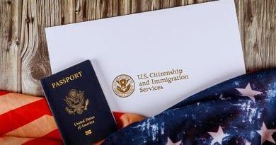 pasaporte-y-bandera-americana