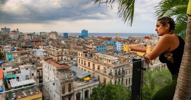 Cuba recibe solo 6.6% de turistas que llegaron entre enero y abril de 2020