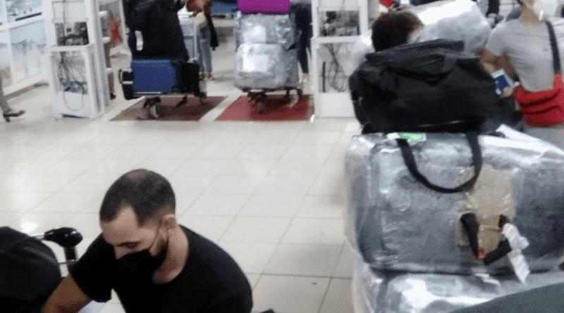 Empresarios piden visa especial para cubanos en Republica Dominicana