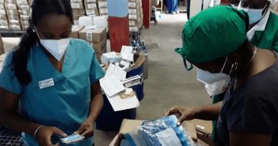 México envía ayuda con alimentos e insumos médicos a Cuba