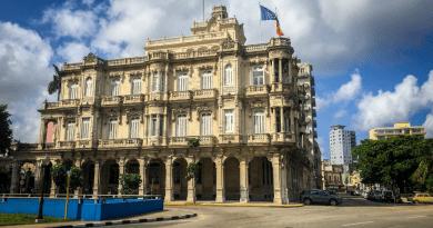 Gallegos en Cuba recibirán ayudas de hasta 3000 euros