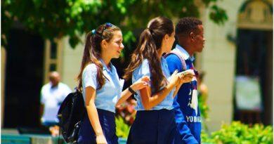 Reinicio año escolar Cuba